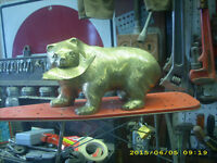 vinage large brass grissly bear and salmon