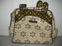 Sac à couches Petunia pickle bottom satchel diaper bag