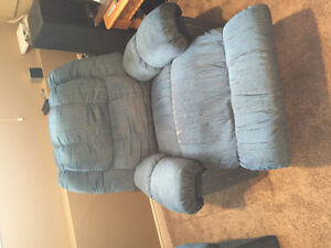 3pcs of Recliner furniture $400 OBO