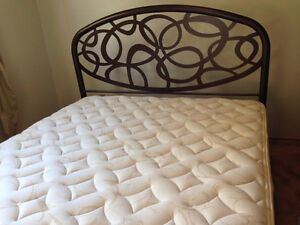 Queen size adjustable electric bed