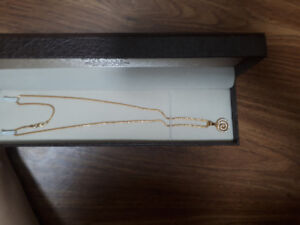 22 k Yellow Gold chain with Pendant