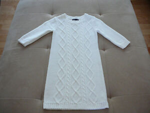 "Robe en tricot ""GAP"" (taille 6/7) West Island Greater Montréal image 1"