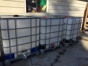 1000 L/ CLEAN WATER ONLY TANKS !!!