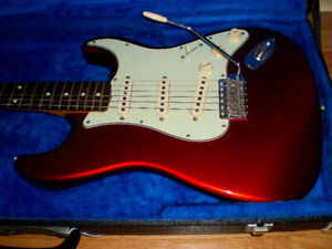 1994 Fender Stratocaster 62 reissue, Japan, Candy Apple Red, NM