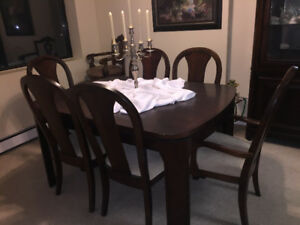solid wood Dining set with two leafs