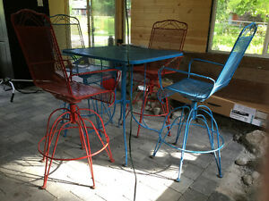 Vintage Metal Patio Set