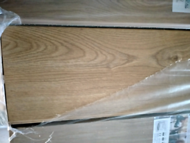 Oak laminate click flooring 12 mm thick