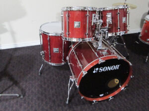 Sonor Hilite,  Maple,  5 pc.  Drum Kit,  Like New Condition.