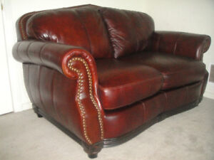 Almost New Classic Top Quality All Leather Sofa Set, Can Delive