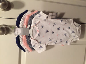BRAND NEW carters 3 month Girl 5 pk body suits