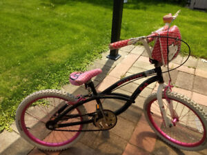 Hello Kitty Girl's Bike