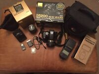 Camera start up bundle Nikon D5200, 50mm lens, speedlite, tripod and bag