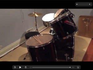 Verve Drum Set $175 & Free Yamaha Keyboard!