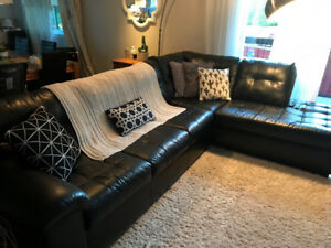 Grand sofa sectionnel noir 5 places