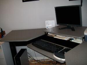 Bureau d'ordinateur en coin 3 modules Saguenay Saguenay-Lac-Saint-Jean image 3
