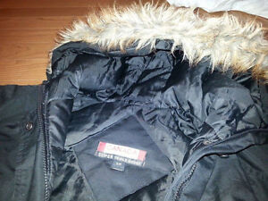 Canada Weather Gear Winter Jacket - Excellent Conditions, Small London Ontario image 3