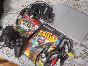 Playstation 2, 1 controller , 2games
