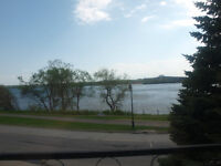 Lasalle******waterfront,4 1/2 apartment with parking******