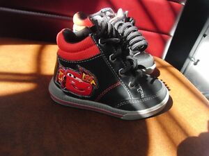 Boys Toddlers Lightning McQueen Shoes New Size 6