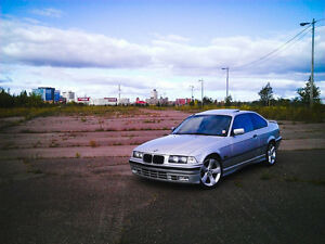 1999 BMW 3-Series 323is Coupe