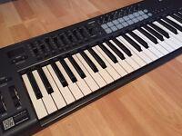 Novation launchkey 49 midi controller keyboard for sale