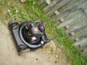 Yard machines 158cc engine lawnmowers cut 21 inch 2 in 1