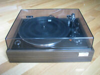 TURNTABLE - VINTAGE SONY PS-1100 (GOLD BADGE)