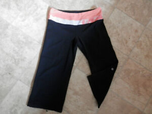 Bag of Lululemon bottoms (leggings, long and capri pants)
