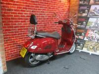 PIAGGIO VESPA GTS 300cc TOURING VERY VERY LOW MILEAGE