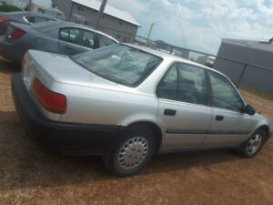 1992 Honda Accord, A/C, MANUAL, 4DR