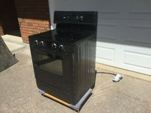 Beautiful Slightly Used Bosch Smooth Top Range