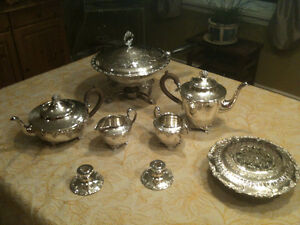 Old English Reproduction Silver-plated Tea Service & Hollow-ware