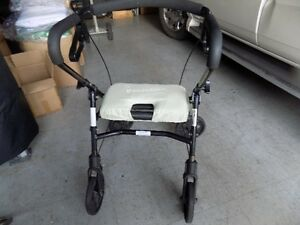 Walker, with seat (foldable)