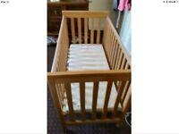 Baby cot + Mattress (£10)