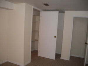 2 BDRM+LVNG RM+FREE PARKING, NEWLY BRIGHT & NEWLY RENOVATED