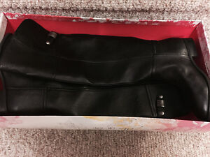 """New! Chinese laundry """"flash"""" boots size 6.5,7,7.5,8"""