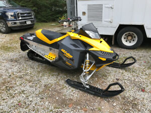 2008 Skidoo TNT 600 Carb Electric Start RER Low KM