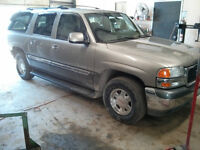 WE ARE PARTING OUT A 2000 GMC YUKON