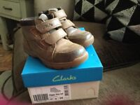 Clarks boots 10G