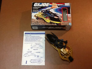 Gi Joe vehicles complete with box lot 2 West Island Greater Montréal image 3