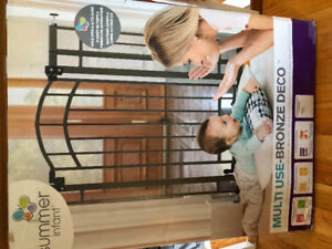 New in box baby gate