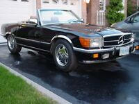 Mercedes 560 SL Low Mileage, Classic, Classy Two Top Convertible