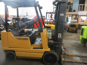 CLARK 4000 LB CAP FORKLIFT EXCELLENT WORKING UNIT