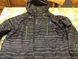 Ski/snowboard jacket surfanic size medium