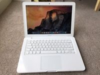 "Apple MacBook A1342 ""Core 2 Duo"" 2.4 13"" (Mid-2010)"