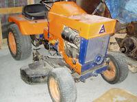 Tracteur à gazon Allis Chalmers