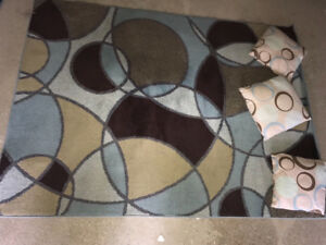 Decorative Rug / Carpet with pillows