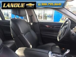 2012 BMW 7 Series 750i   WOW... LOW KMS!!  BEAUTIFUL CAR Windsor Region Ontario image 31