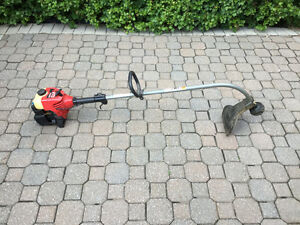 Coupe herbe au gas / Gas grass trimmer