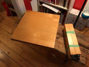 Rolling Coffee Table / Table basse avec roues en option